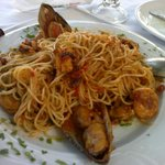 Yummy seafood spaghetti with LOTS OF SEA FOOD!!