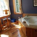 spa in king room :)