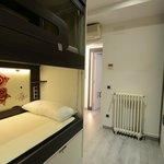 habitación privada para 4 con baño interno