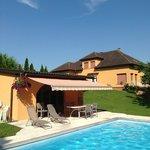 La piscine: Espace zen et détente des chambres d'hôtes en Alsace dans un parc à l'abri des regar