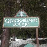 Quicksilver 'Motel'