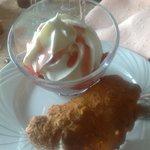 Pêche Melba dessert maison avec sa tuile aux amandes, un délice !!!