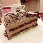 The cake, the cake!