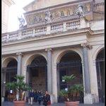 Fachada principal da Basílica