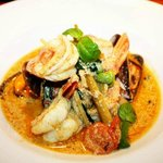 dinner menu - delicious seafood green curry