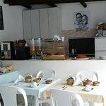 Alle Ginestre - pretty breakfast room