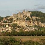 Вид на замок с другого берега Дордони