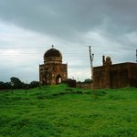 Bahmati tombs