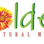 Golden Natural Market Logo