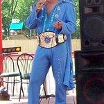 Kelvis as Elvis!