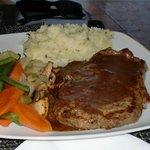 Sirloin steak with corriander mash