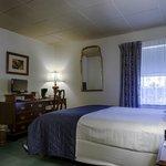Room 322 - Queen Victorian
