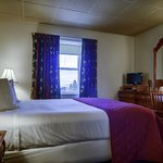 Room 324 - Queen Victorian