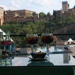 Un placer disfrutar de una copa con estas vistas