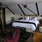 The Asker Room @ Oak Tree Farm