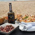 rico almuerzo en Unik Lounge!!! Praia da Mata, corta da Caparica. Portugal