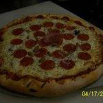 Come Thursday 5-7pm Pizza night!
