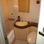 Single room washroom