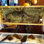 Медовые соты, завтрак