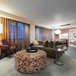 Pizzazz Corner Suite_Living Room
