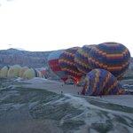 Die ersten Ballons erheben sich