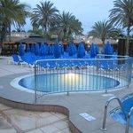 una de las muchas piscinas