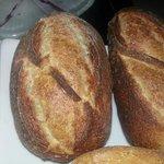 pain oublié au four et servi qunad même !