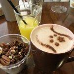 Chocolat chaud et granola