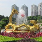 The Lively Double Dragon Water Fountain