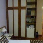 armário e frigobar