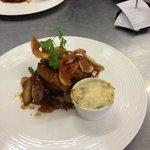 Filet de boeuf et son escalope de foie gras chaud, gratin dauphinois
