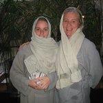 Femmes voilées au hammam