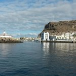Harbor enterance to Puerto de Mogan