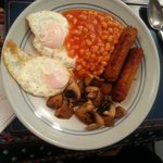 Vegetarian breakfast, incl veggie sausages