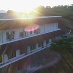 Pagi yang cerah di hotel salak..