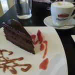 Gâteau chocolat avec cappuccino