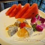 食後の果物のサービス