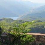 Cerro Velazco a 10 min, de fondo el Dique - Paisaje hermoso