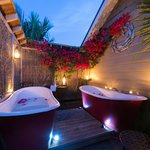 Private outdoor baths