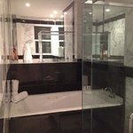 Beautiful bathroom with sunken bath with jets and seperate shower. Very clean!