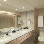 Two-Bedroom Duta Suite Bathroom