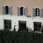 Blick vom Forum Romanum auf das Hotel