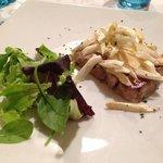 tonno alla piastra con asparagi di Bassano