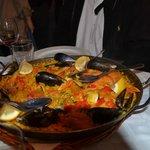 Paella 4 personnes fruits de mer