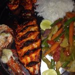 Red snapper (tandoori) prawns and vegetables w rice.