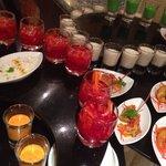 Gala Dinner! Mir haben von den riesigen Auswahl an Speisen die der indischen Küche am besten ges