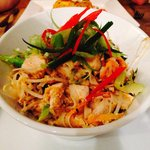 Pad Thai main...... Wow! And incredible little restaurant ! Hats off to the chef(s) :)