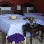 Twin confortable Room-Jad Auberge