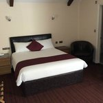 Double bed in the Executive Room