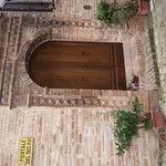 Portale d'ingresso del XVI sec.